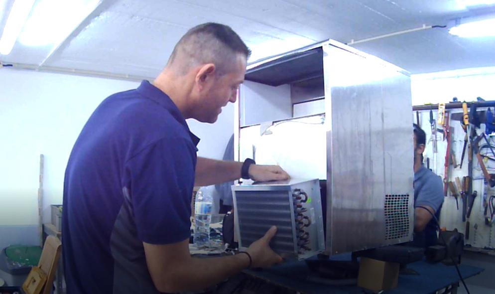 Reparar Maquina de Gelo Trocando Condensador